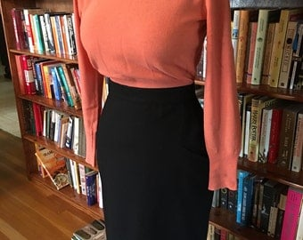 Tight SKIRT Tight SWEATER-- Inky Black  1950s High Waist Pencil Wiggle Skirt with Side Pocket Detailing--M