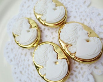 Cameo Buttons White Gold Oversized Shank Oval (12)