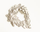 Vintage Pewter Fox Grapes Brooch Handcrafted signed Pewter Canada Aesop's Fable