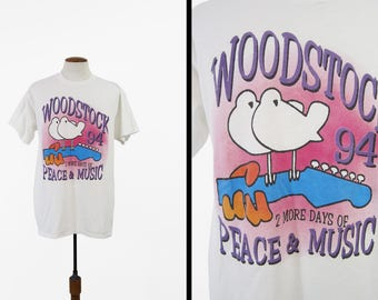 Vintage Woodstock 94 T-shirt Concert Tee 1990s Guitar Doves Peace and Love - Size XL