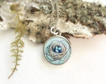 Nest Necklace, Robins Nest, Mothers Day Present, Mothers Necklace, Painted Nest Pendant