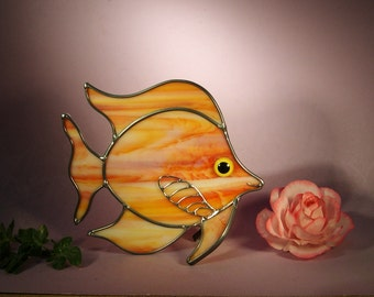 Stained Glass Angel Fish with a Smile (764)