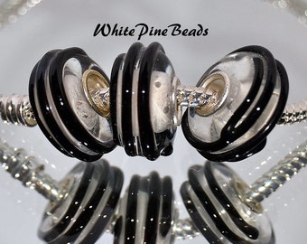 Clear with Black Raised Saturn Rings Murano Lampwork Glass Bead Fits European  Charm Bracelets
