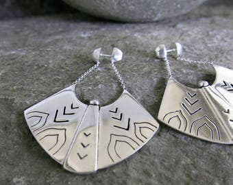 Crius silver earring