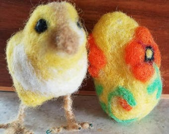Adorable Needle Felted Chick with Easter Egg