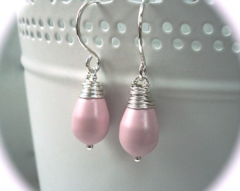 Pale pink earrings - Sterling silver earrings - Light pink earrings - Pearl drop earrings - Simple Earrings - Bridesmaid Jewellery