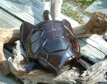Vintage Wood Sea Turtle, Hand Carved Wooden Turtle / Tortoise, Solid Wood Nautical Decor, Beach Decor, Turtle Sculpture