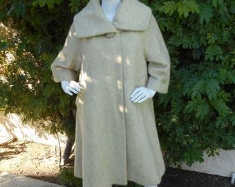 Vintage 1960's Tisse a Paris for Lilli Ann Beige Camel Hair Swing Coat - Size M/L