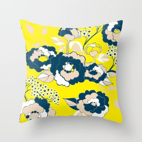 Pop Florals in Citrus Pillow Cover