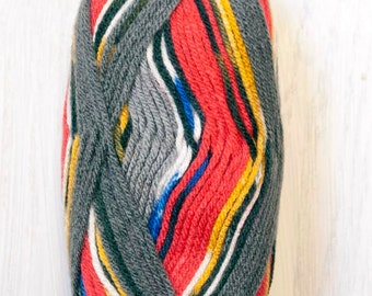 Yarn on Clearance Vanna's Tapestry Yarn Great Britain at 4 for 15 dollars - normally 4.75 each