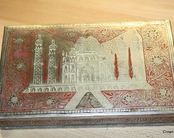Taj Mahal Tin - Souvenir - Metal Box - Vintage