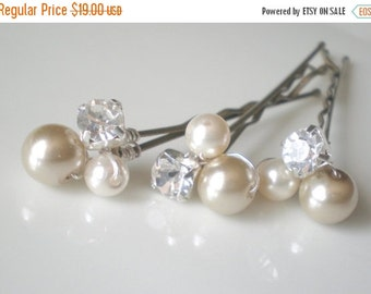 ON SALE Bridal Pearl Hair Pins. Elegant Pearl Rhinestone Hair Jewelry. gift. Chic Prom. Mother of the Bride. Bride Maid