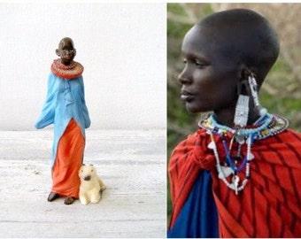 Vintage Masai Woman Figurine, Tribal Life Masai Woman Miniature, Primitive Culture Art, Red Blue Small Women Figurine, Masai MRH Sculpture