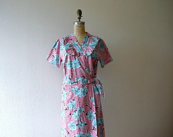 1940s tropical print dress . vintage 40s wrap dress