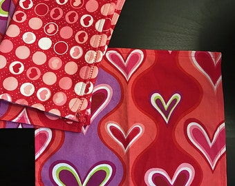 Heart Cocktail or Kids Napkin Mix Set - Valentine Hearts in red and pink
