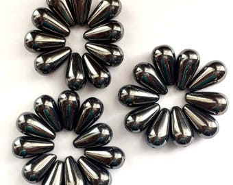 Czech Glass Beads, 30 Pieces,  Hematite Color, Gunmetal, Vintage Jewelry, Tear Drop Beads, Pear Beads, 20 x 10mm, Bsue Boutiques,  Item02934