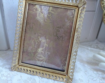 SALE Filigree Picture Frame Vintage Photo Frame 3 by 5 Gold tone Goldtone Regency Portrait frame Vanity