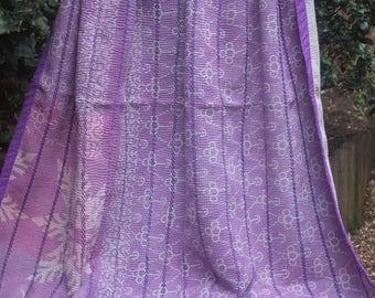 Lavender vintage kantha quilt, Kantha throw, Sari blanket, Purple kantha quilt, Mauve Sari throw, Kantha blanket,Boho throw