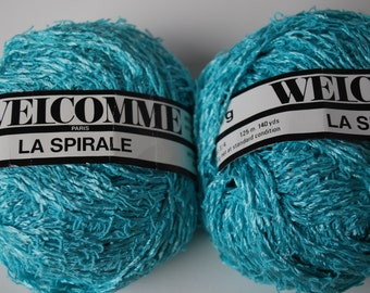2 skeins Welcomme La Spirale