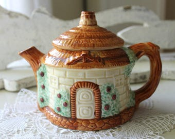 vintage ceramic teapot country cottage, cottage decor, tea parties, collectible, display