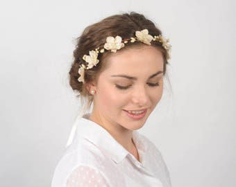 Flower Headband, Wedding Flower Crown, Rustic Country Wedding Headpiece, Bridal Hair Piece, Floral Head Wreath, Woodland Berry Head Piece