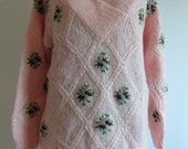ON SALE FREE Shipping/Vintage 80's Pale Pink Mohair Sweater/Slouchy Hand Knit Mohair Sweater/Embroidery Mohair Sweater/Small & Medium