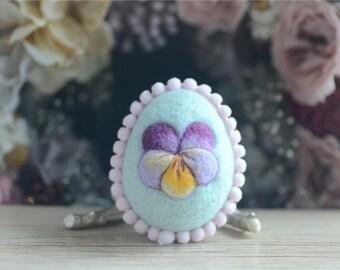 Needle felt Easter egg, spring Easter ornament, pastel blue color wool fiber egg, spring pansy motif, gift under 20