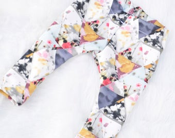 Baby Floral Geo Leggings, Floral Leggings, Geo Leggings, Floral Triangle Leggings, Spring Leggings, Summer Legging, Capri Legging
