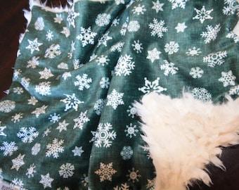 Baby Christmas Lovey, Baby MINKY Lovey Blanket, Minky Baby Blanket, Christmas Baby Blanket, Baby Lovey Blanket, Snowflake Lovey Blanket