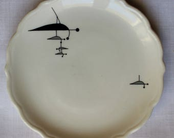 Vintage Mobile Calder Plate Syracuse China Dessert Butter Salad 1961 Black White Gray