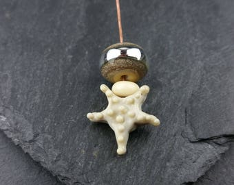 1 starfish handmade lampwork glass headpin and 2 beads