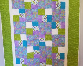 GIRLS PEACE SIGN Quilt