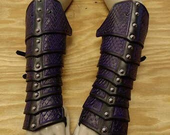 Leather Armor Deluxe Scaled Gauntlets