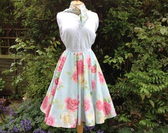 1950's style Circle Skirt to fit size 10-12 - Vintage Roses Circle Skirt - Rockabilly Skirt - Midi Skirt - Jive Skirt - Handmade Skirt