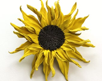 Leather sunflower brooch gift for her, leather anniversary, sunflower jewelry, leather flower brooch, leather sunflower, sunflower wedding