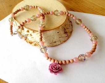 Long wooden bead necklace. Pink and brown necklace. Lamp work necklace. Flower necklace. Linnepin010