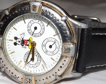 Walt Disney Mickey Mouse Chronograph Quartz Character Watch