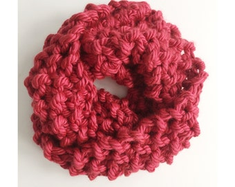 TODDLER CHUNKY COWL - handknit cowl for toddlers in soft red