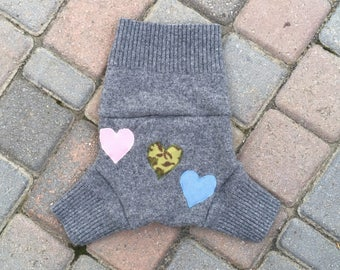 Cloth Diaper Cover, Wool Soaker, Shorties, Cloth Nappy Cover - Gray with Hearts Applique - Size Medium