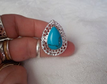 Beautiful Turquoise Ring Marked 925-R555-Size 8 1/2