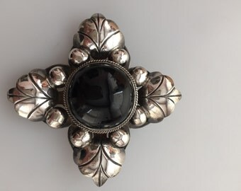 1940s Vintage MEXICO SILVER Brooch Huge Silver Pin Dimensional Brooch Statement Jewelry Onyx Stone Black Stone