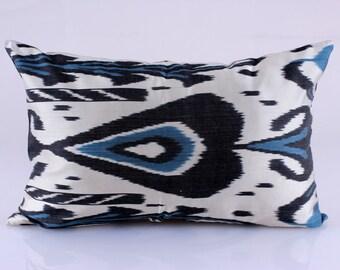 Ikat Pillow, Hand Woven Ikat Pillow Cover, Ikat throw pillows, Ikat Pillow, Designer pillows, Decorative pillows, Accent pillows