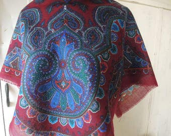 Vintage 1970s scarf paisley maroon blue and green 31 x 31 inches