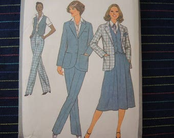 vintage 1970s Simplicity sewing pattern 8868 misses skirt pants lined vest and unlined jacket size 16