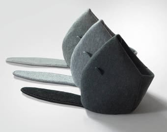 NEW! BEAVER. Felt Cat Bed with recycled carpet scratching post, Felt Cat House, Felt Cat Cave, Cat Lover Gift, Room decor, Anthracite, Gray