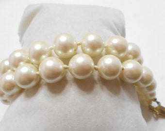 Vintage Carolee Double Strand Faux Pearls Bracelet (5479) 12mm Individually Knotted