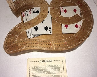 Cribbage Board '29' Shape With 6 Pegs Vintage Wood Board Game