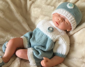 "Hand knitted outfit for 19"" doll or Preemie Baby."