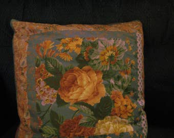 Floral Pattern Quillow, 100% Cotton Fabrics