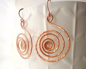 Hammered Earrings, Spiral earrings, Copper earrings, Drop earrings, long earrings, boho earrings, Artisan earrings, rustic earrings